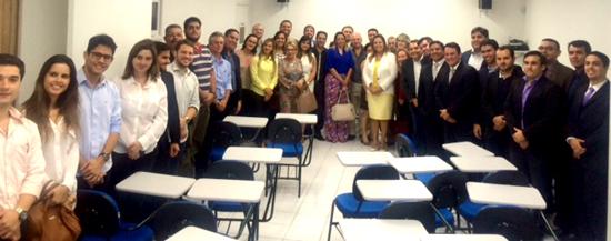 Advogados presentes na reunião para Marisa Almeida
