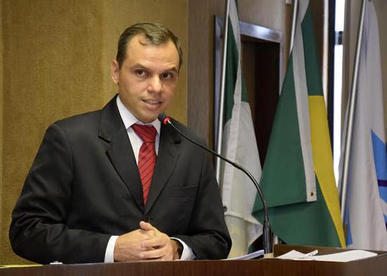 Aldo Clemente presidente do Sindsemp e da Federação