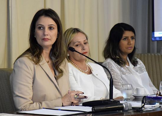 ALRN parceria combate a violência contra mulher