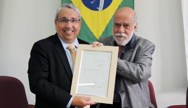 Rocco Gomes é homenageado