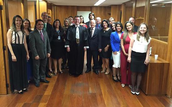 twitter do ministro navarro apresenta equipe