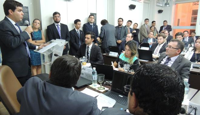 Desagravo ao advogado Hugo Oliveira