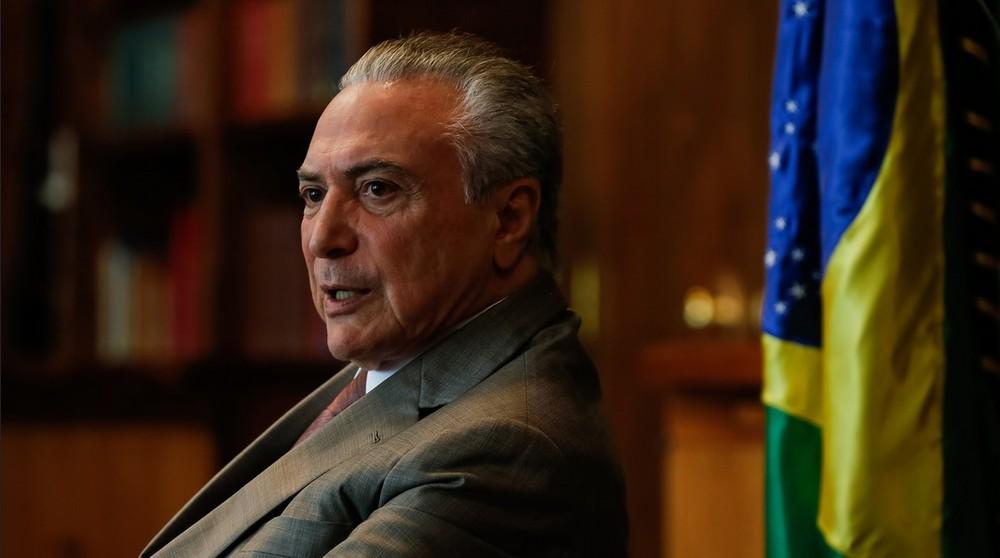 Dono da JBS gravou Temer dando aval para comprar silêncio de Cunha, diz jornal.