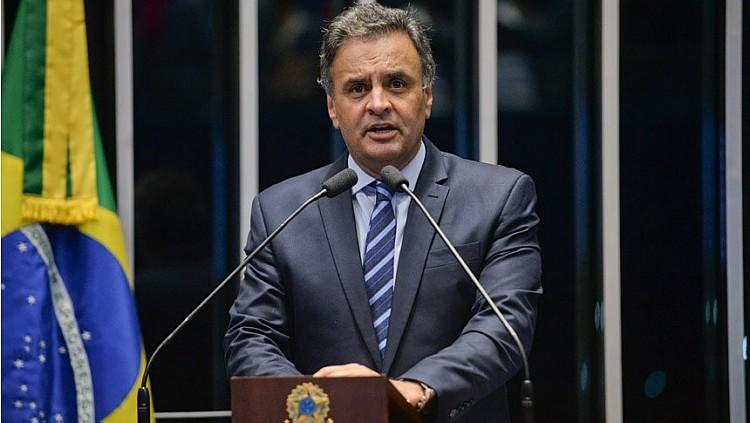 Fachin afasta Aécio Neves do mandato e nega pedido de prisão