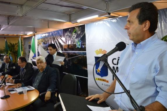 Prefeito anuncia retomada das obras do túnel de macrodrenagem da Arena das Dunas para agosto