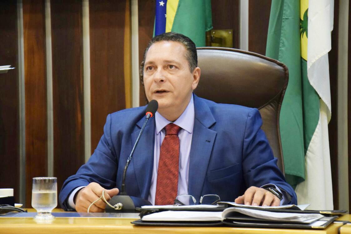 DEPUTADO EZEQUIEL FERREIRA SOLICITA RECUPERAÇÃO DE ESTRADA NO AGRESTE
