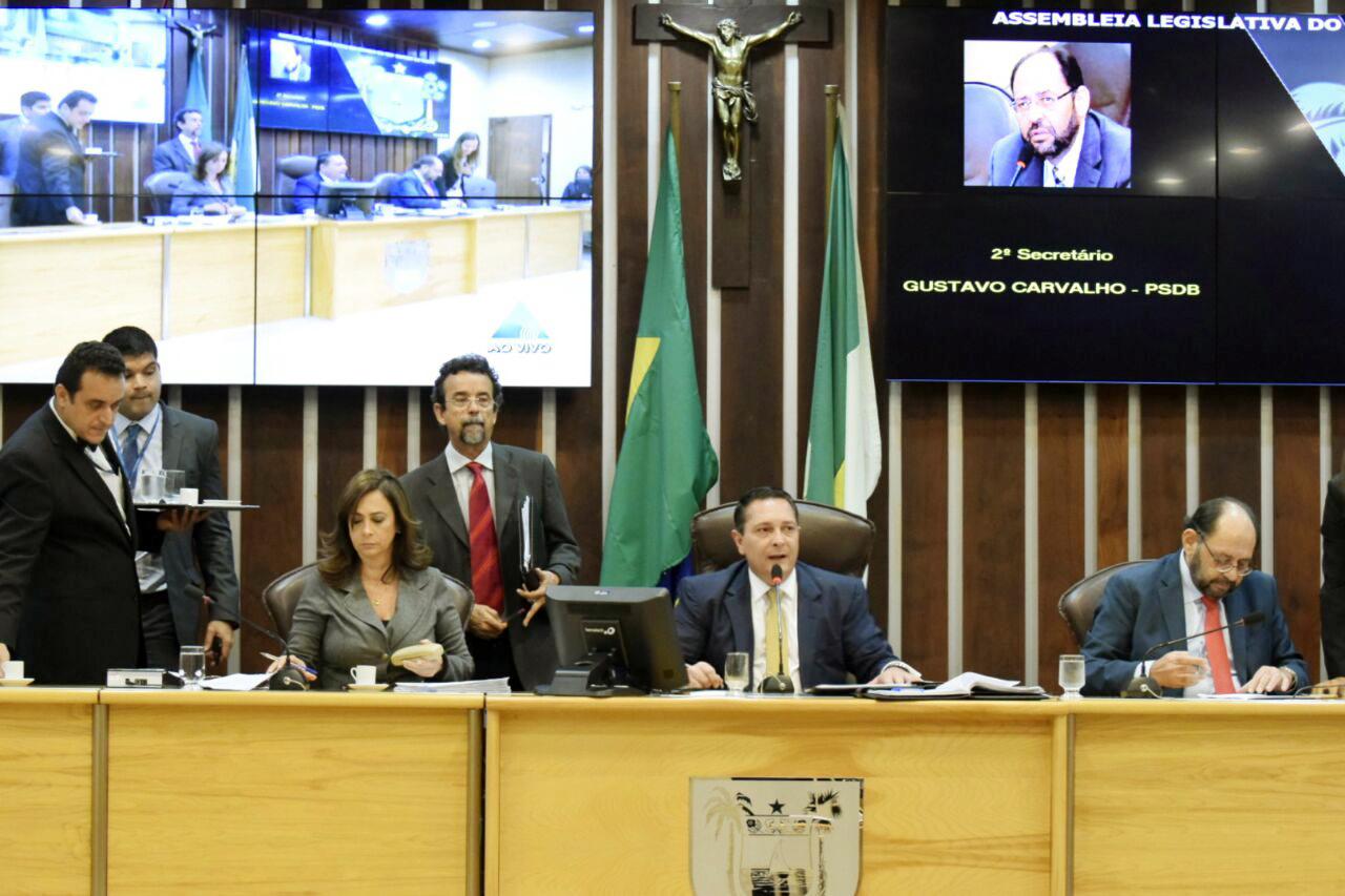Ezequiel propõe implantação de programa habitacional no Trairi e Mato Grande