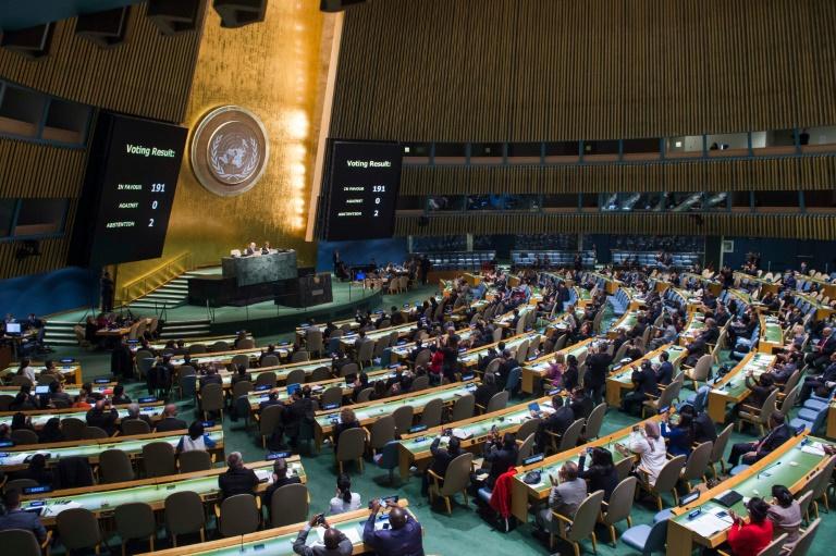 Votação histórica nas Nações Unidas aprova proibição de armas nucleares