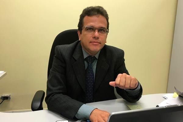 Juiz Fábio Ataíde