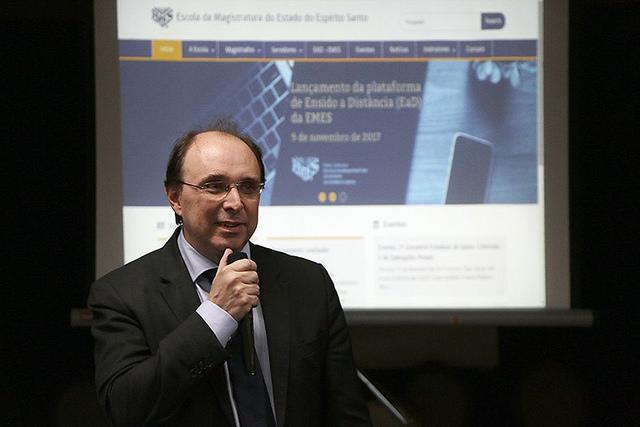 Escola da Magistratura capixaba dará cursos pela internet