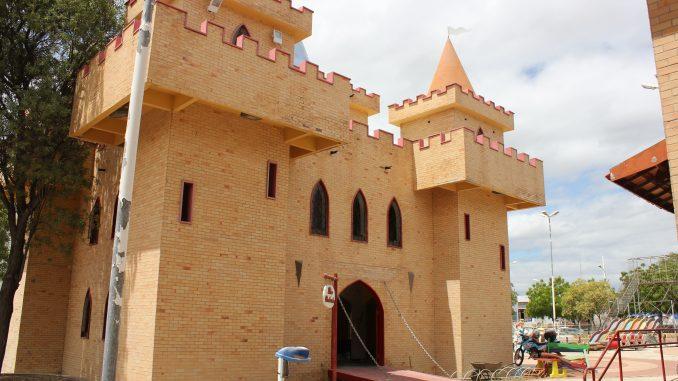 Prefeitura de Mossoró vai expedir ordem de serviço para recuperação do Parque da Criança