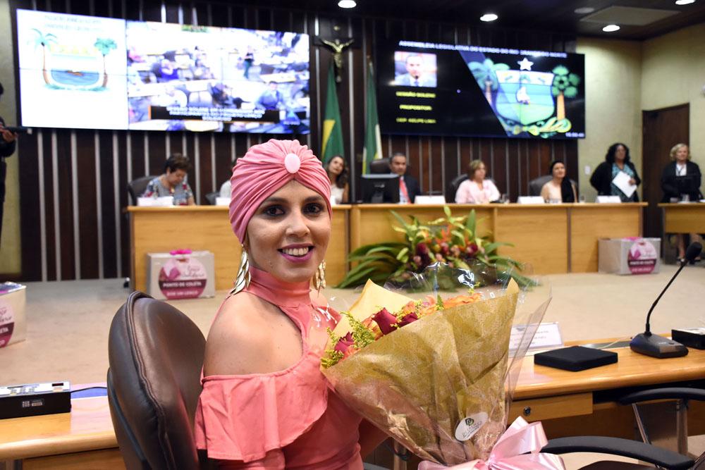 SESSÃO SOLENE na Assembleia do RN HOMENAGEIA PARTICIPANTES DA CAMPANHA LENÇO SOLIDÁRIO