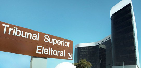 TSE recebe representação do PT contra Globo, Fausto Silva e Luciano Huck