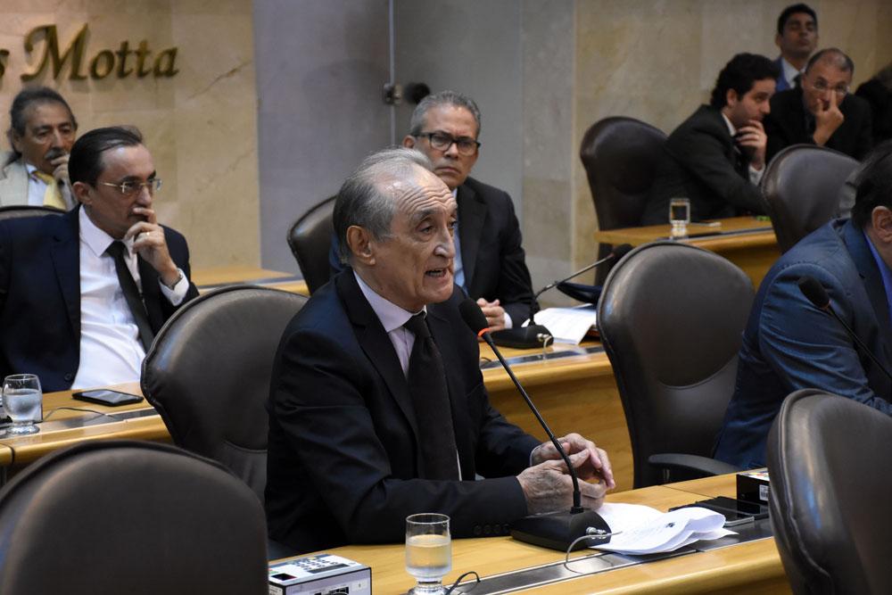GETÚLIO RÊGO FALA DE MANIFESTAÇÕES E DEFENDE CONQUISTAS DA CLASSE MÉDICA