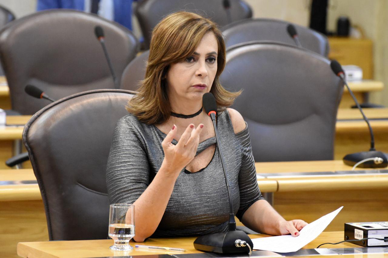 MÁRCIA MAIA ALERTA SOBRE AUMENTO DE DENÚNCIAS DE ASSÉDIO DURANTE O CARNAVAL