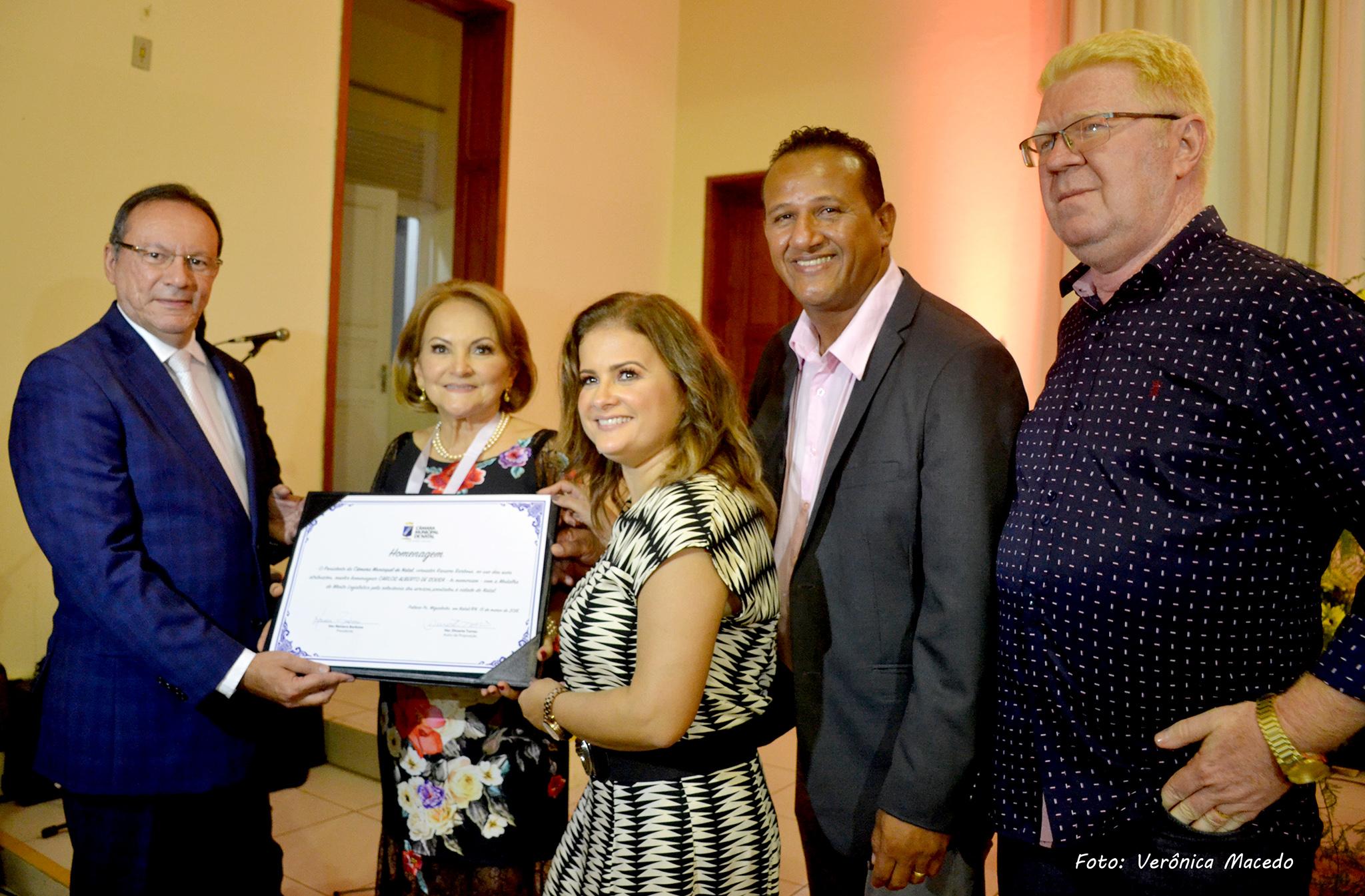 Câmara de Natal concede Comenda do Mérito Legislativo a Carlos Alberto de Souza