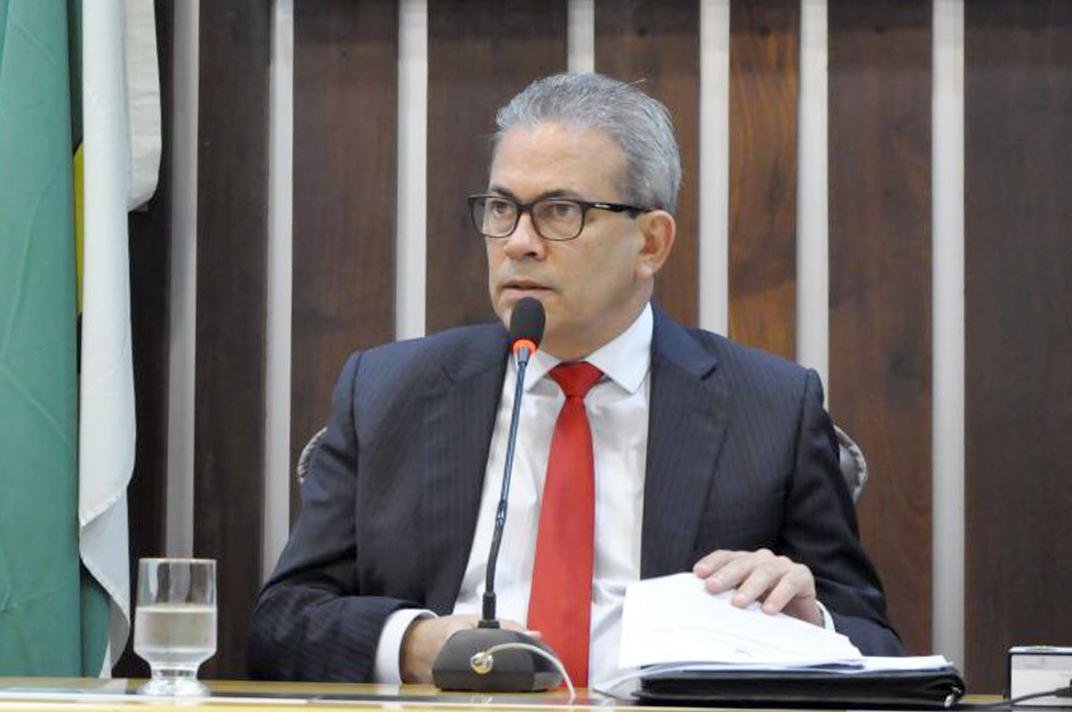 Hermano Morais é eleito presidente da comissão de educação, ciência e tecnologia