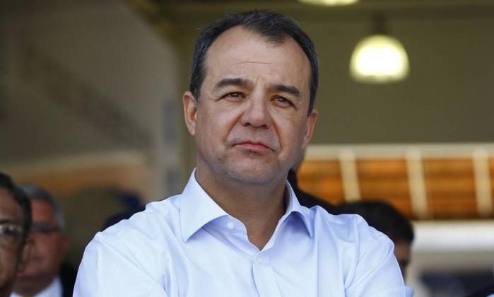 MP move ação contra Cabral por prejuízo de R$ 36 milhões no setor de transporte