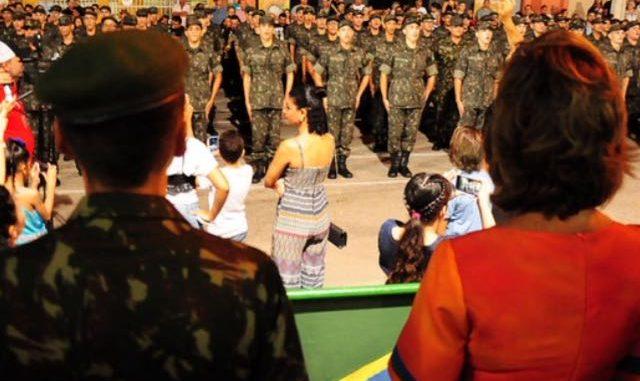 Prefeita de Mossoró deseja boas-vindas a nova turma de atiradores do Tiro de Guerra