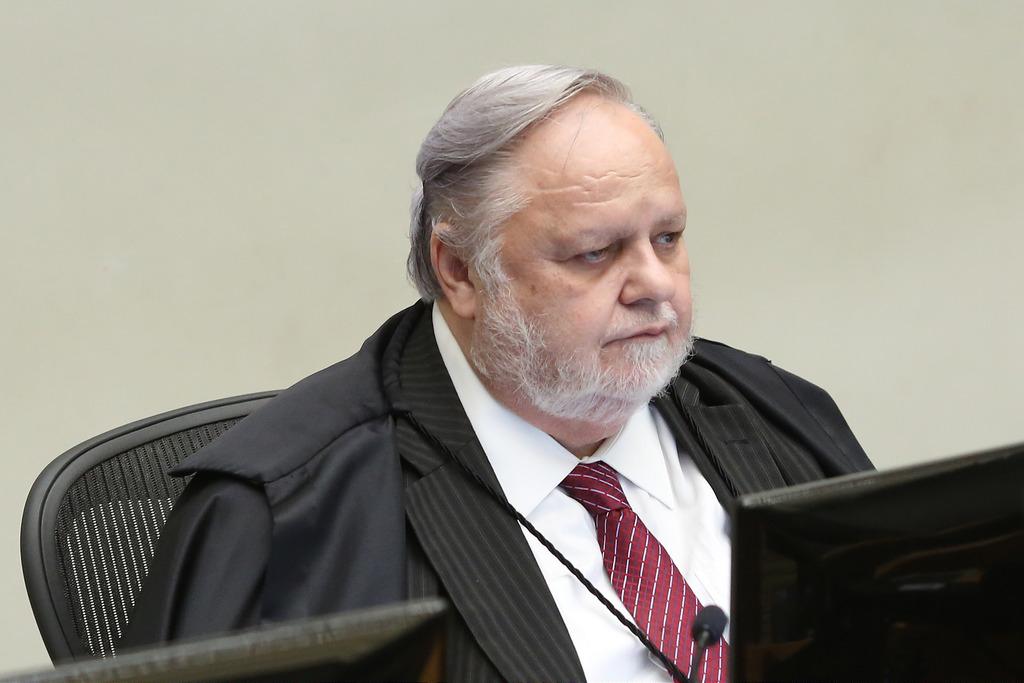 Relator no STJ vota contra pedido de Lula para evitar prisão em 2ª instância
