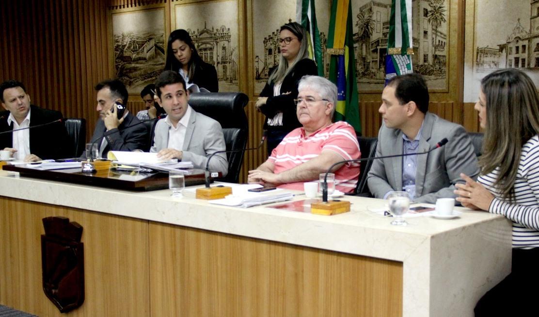 Comissão de Finanças aprova projeto que impede parcelamento de salários