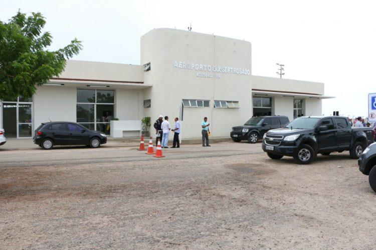 Governador-inicia-agenda-de-três-dias-entregando-reforma-do-Aeroporto-de-Mossoró_04-Ivanízio-Ramos-750x500