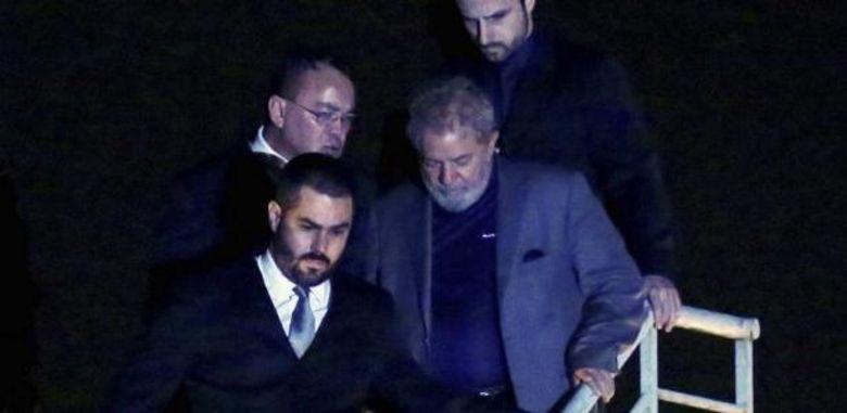 Governadores do Nordeste devem visitar Lula amanhã na Polícia Federal