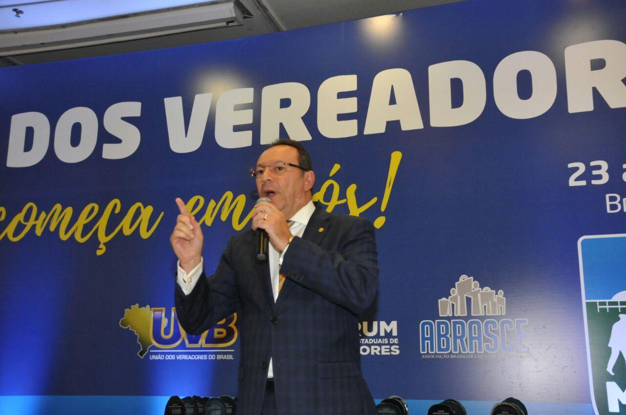 Marcha dos Vereadores é encerrada com palestra de Raniere Barbosa