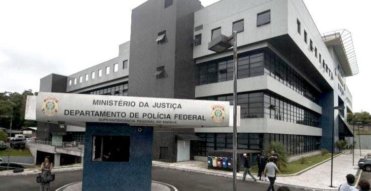 PF em Curitiba