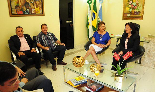 Prefeita Rosalba Ciarlini discute plano integrado de segurança com a secretária Sheila Freitas