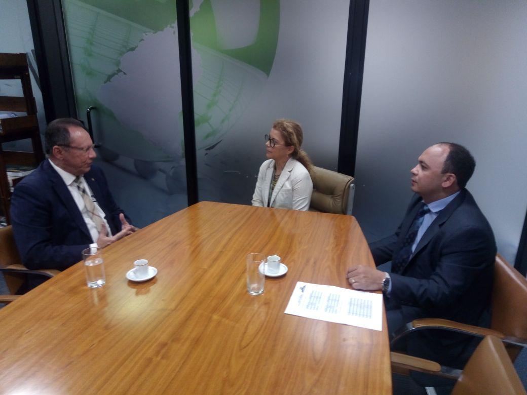 Presidente da CMN garante avanços para implantação da FM Câmara