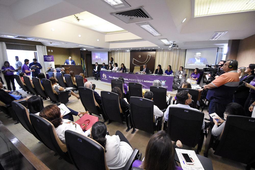 Assembleia Legislativa do RN convoca todos ao combate do abuso infantil