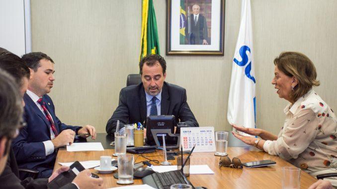 Em Brasilia, prefeita Rosalba solicita recursos para a saúde municipal