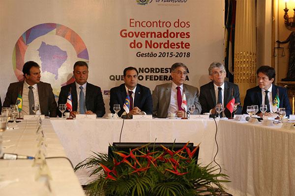 Encontro de Governadores do Nordeste em Pernambuco