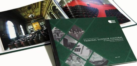Catálogo institucional do TSE em versão bilíngue é lançado no Rio de Janeiro