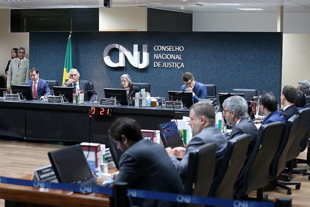 Conselheiros se reúnem no CNJ para 274ª Sessão Ordinária