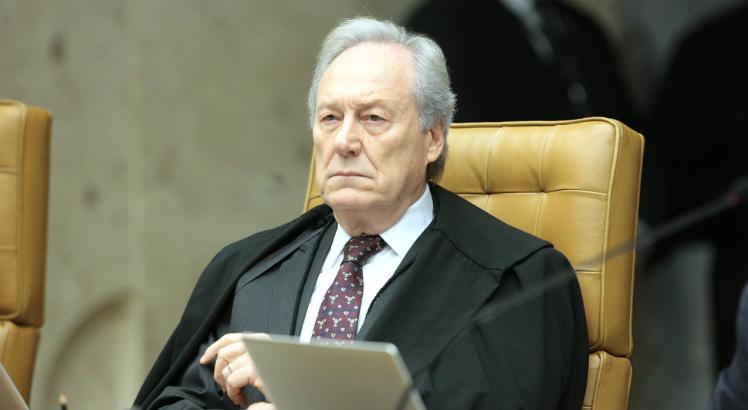 Lewandowski convoca audiência pública no STF sobre venda de estatais