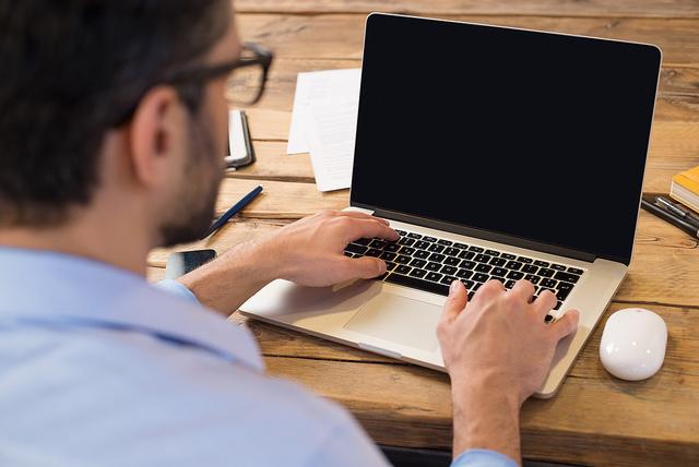 Provimento regulamenta teletrabalho nos cartórios de notas e de registro
