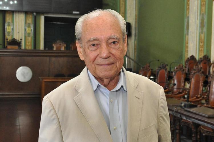 Waldir Pires, ex-governador da BA, morre aos 91 anos em Salvador
