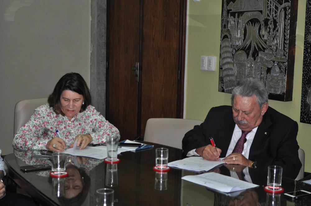 TJRN assina convênio com UFRN para desenvolvimento de sistema integrado de gestão