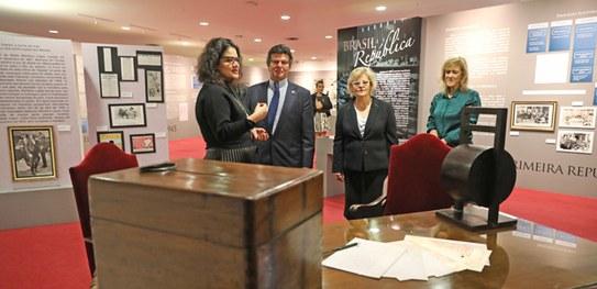 Exposição sobre a história das eleições no Brasil é inaugurada no Museu do TSE