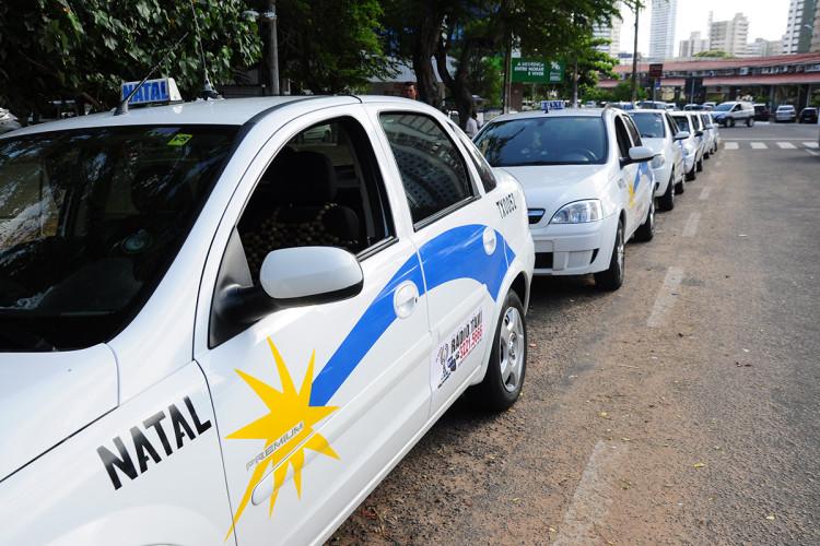 Justiça proíbe transferência de autorização de táxi por outorgados em Natal