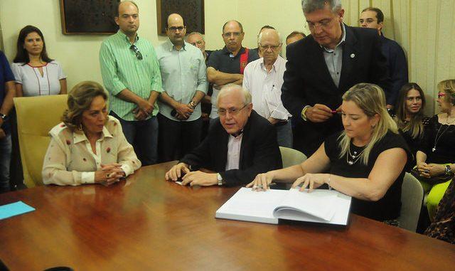 Pedro Almeida e Fernanda Kallyne são empossados secretários em Mossoró