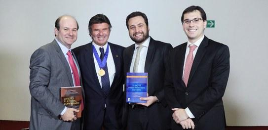 TSE lança obras sobre Direito Eleitoral Comparado e Direito Processual Eleitoral