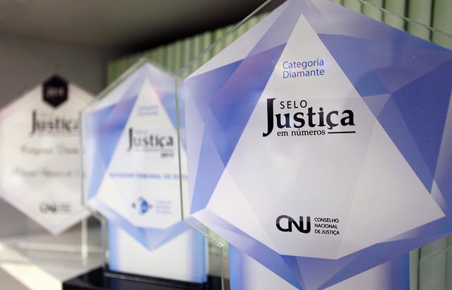 """Tribunais têm até segunda-feira para concorrer ao """"Selo Justiça em Números"""""""
