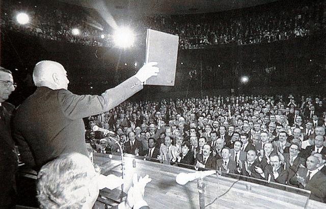 Como ocorreu a aprovação da Constituição Federal de 1988