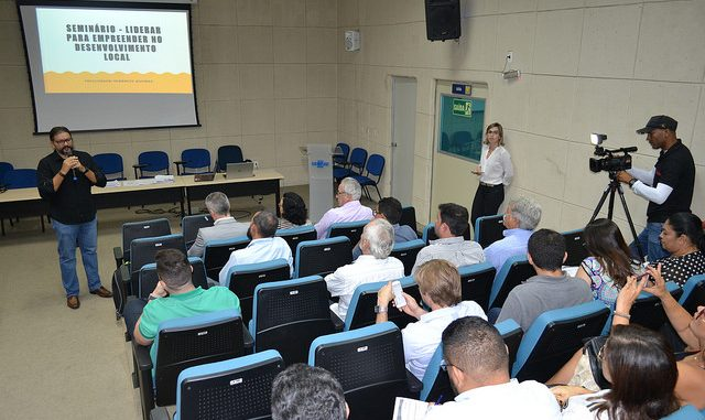 Municípios se articulam em Mossoró para formação da Rede de Desenvolvimento Econômico do RN