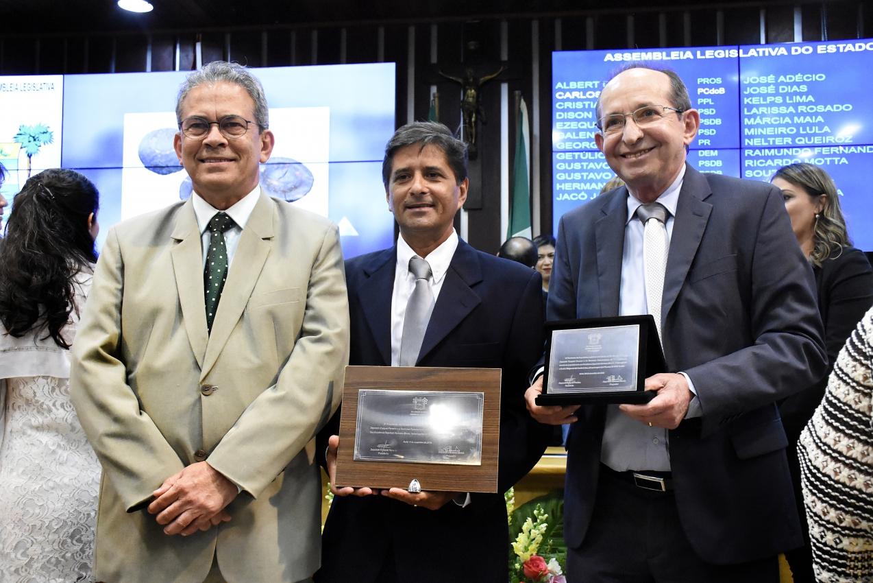 Assembleia do RN homenageia ONG por trabalho em defesa do meio ambiente