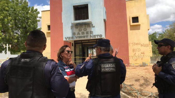 Prefeita Rosalba visita Portal do Saber e anuncia reestruturação do equipamento