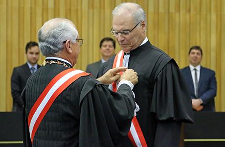 Luiz José Dezena da Silva toma posse como ministro no TST